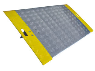 high capacity Aluminum Dock Plate for pallet trucks 5 *4 Feet Damage Preventing