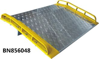Heavy Duty  Dock Plates , Aluminum Dock Board With Steel Curb 15000 Lbs Capacity
